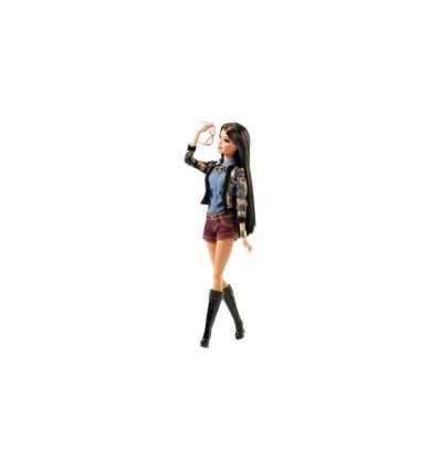 Expert style Barbie avec short CBD29 Mattel- Futurartshop.com