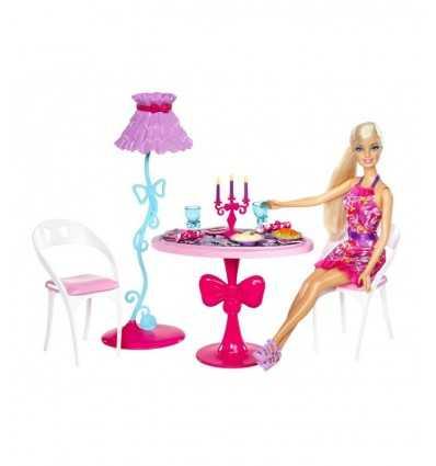 Barbie et son mobilier-table avec chaises et accessoires X7942 Mattel- Futurartshop.com